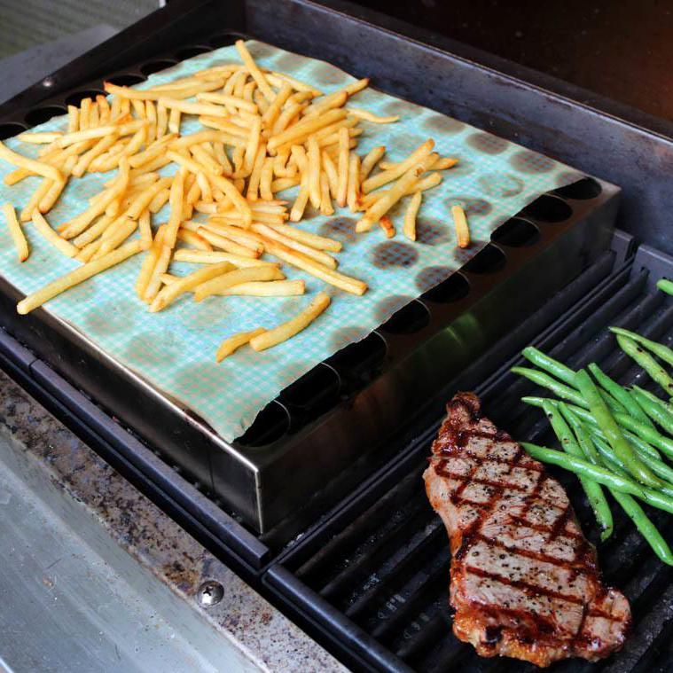 TEC Patio FR Series Stainless Steel Pizza Rack - Cooking Fries With the Rack While Grilling