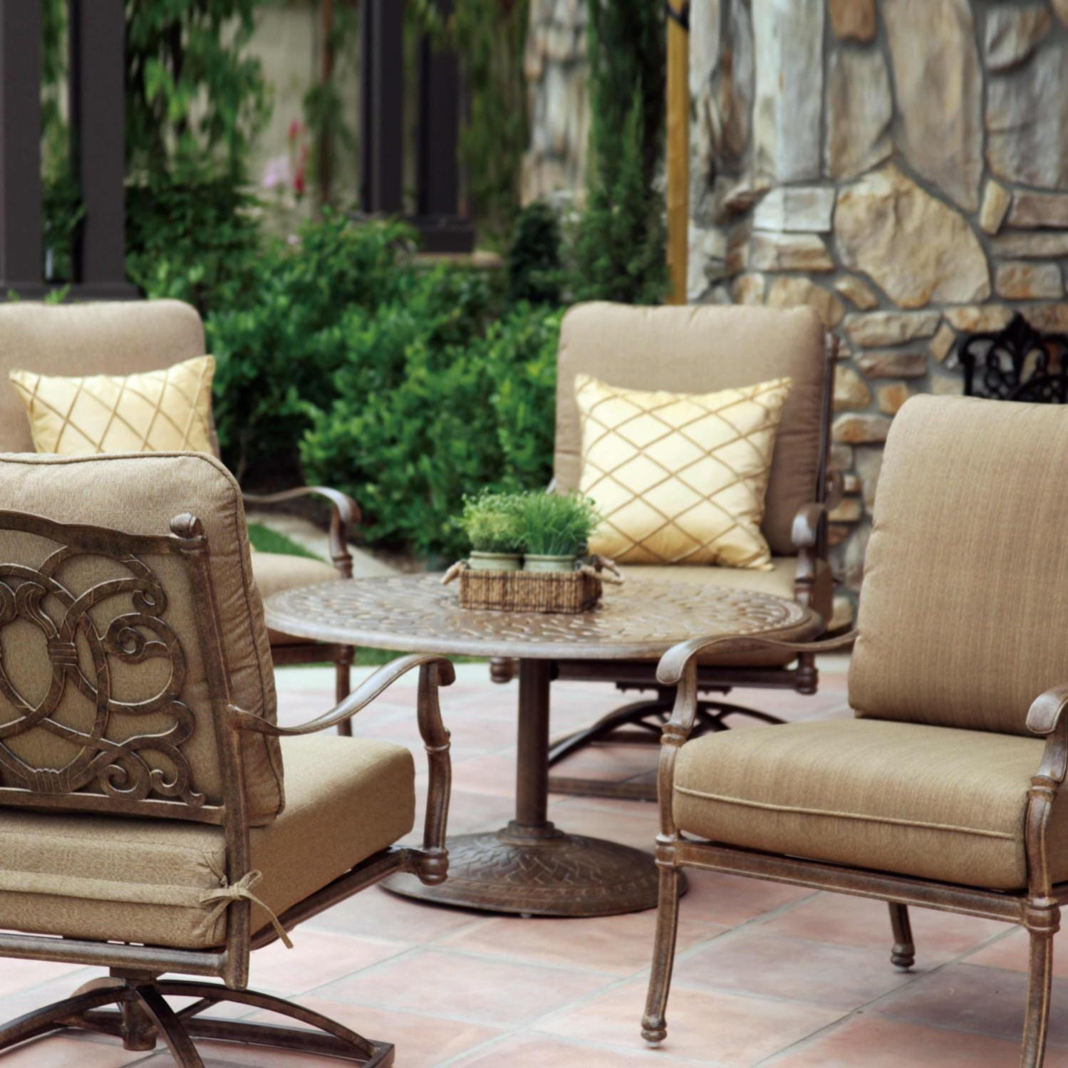 Darlee Florence 5 Piece Cast Aluminum Conversation Seating Set