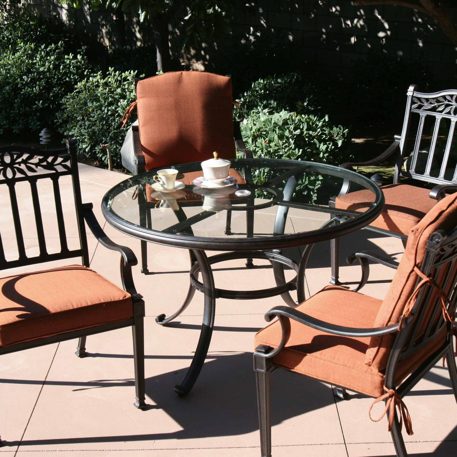Terrific Darlee Charleston 5 Piece Cast Aluminum Patio Dining Set With Glass Top Table Interior Design Ideas Inesswwsoteloinfo
