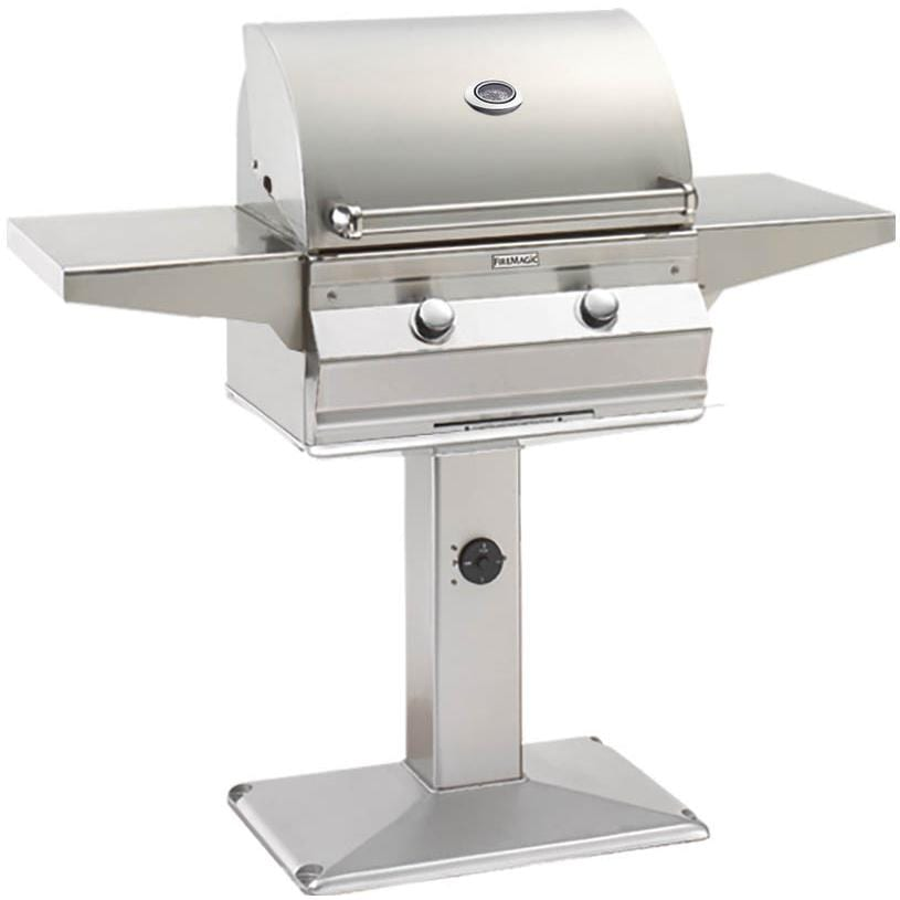 Fire Magic Choice C430i Natural Gas Grill On Patio Post