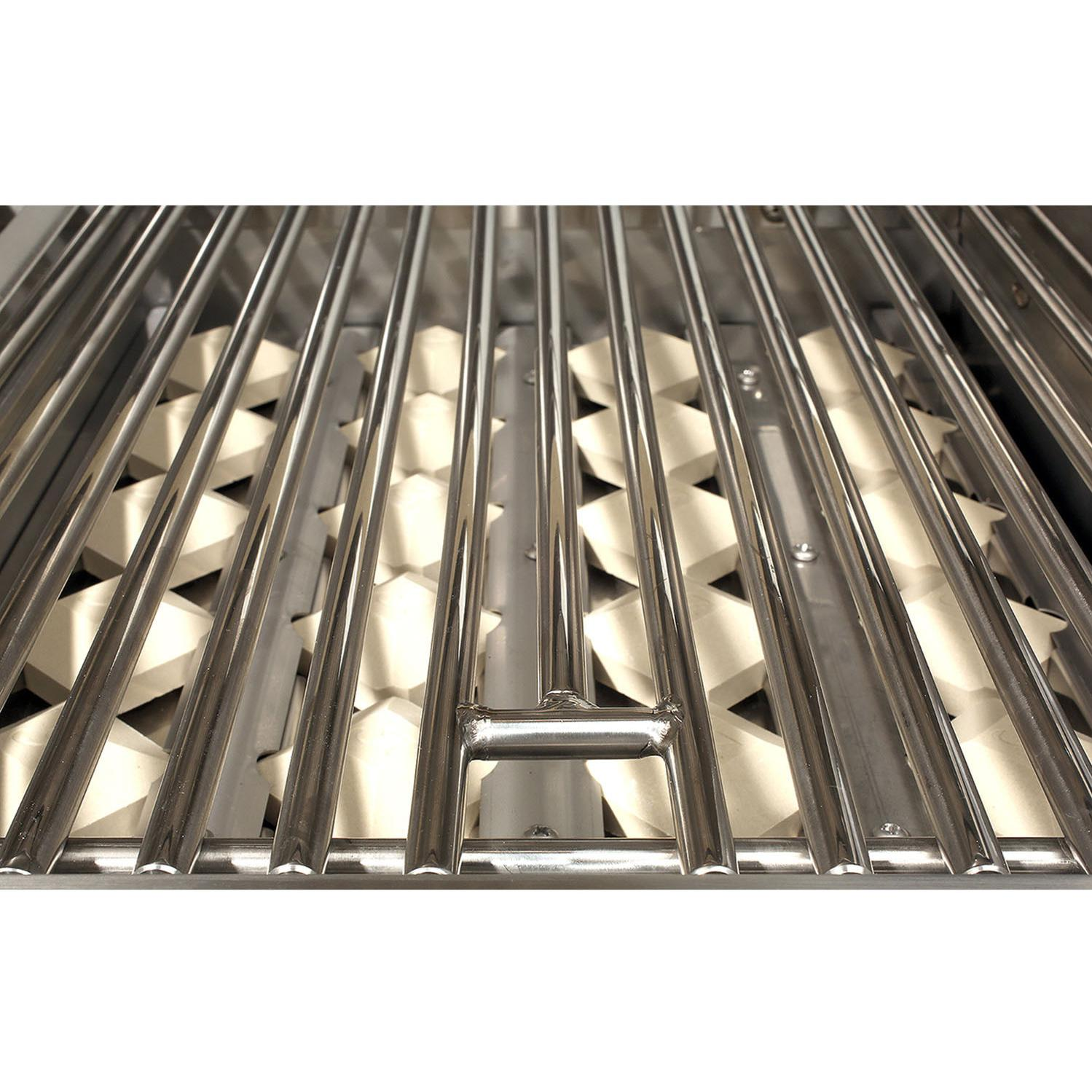 Alfresco Gas Grills ALXE 30-Inch Built-In NG Grill - Briquettes