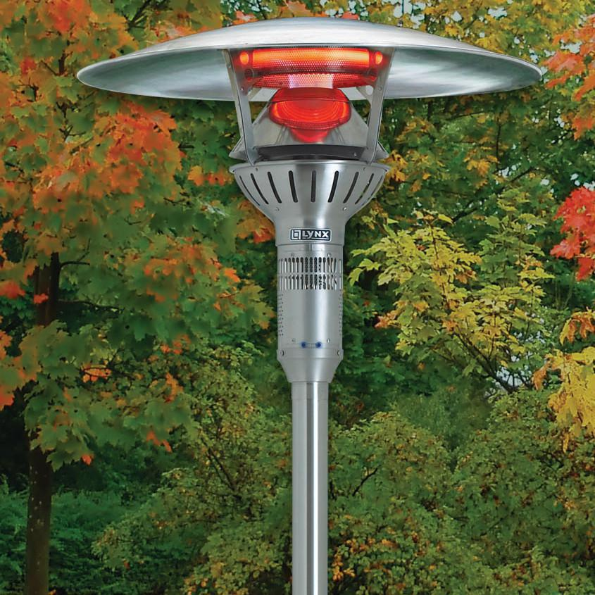 Lynx 53,000 BTU Natural Gas Infrared Post Mount Patio Heater   Close Up