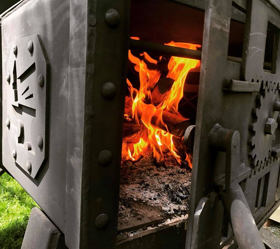 hamrforge the beast fire box fire with wood